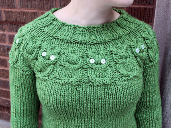 Knitting Pattern For Owl Jumper : The (very green) Owl Sweater - zilredloh